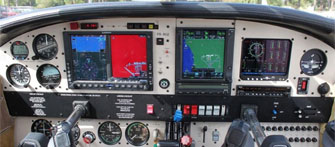 piper aircraft panel image